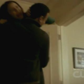 Jonas, attaqué par Katherine