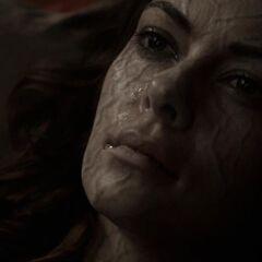 Nadia, après avoir été tué par la morsure de Tyler