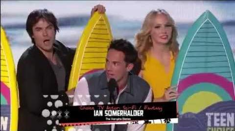 The Vampire Diaries wins Teen Choice Awards 2012