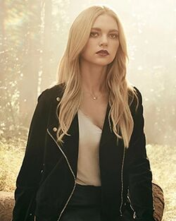Lizzie profil2