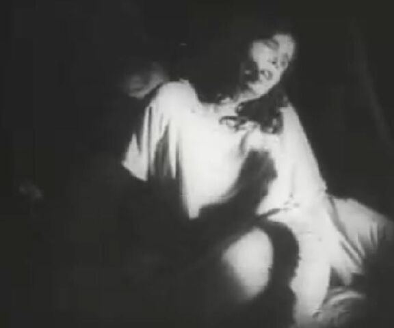 File:Nosferatu-shadow-ellen.jpg