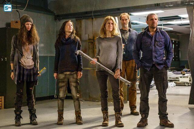 File:Help Me 1x01 Promotional Photo 13.jpg