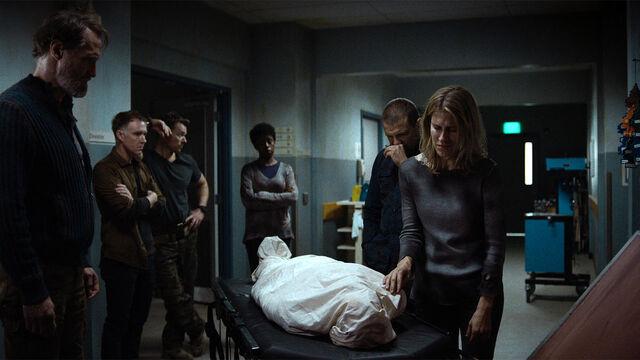 File:Coming Back 1x04 The Survivors (Sam, Flesh, Axel, Doc, John, and Nicole) dump Cynthia's body.jpg
