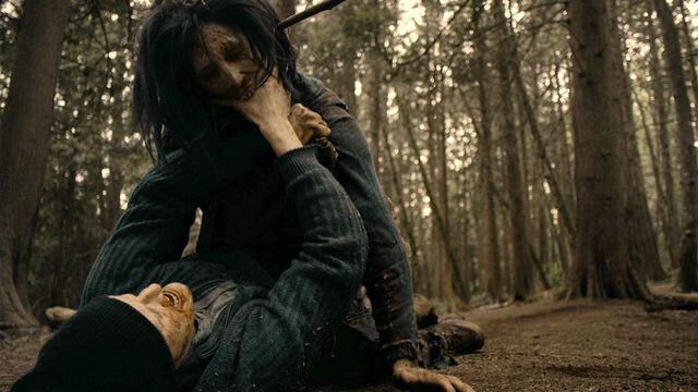 File:Last Time 1x11 Sam bitten by a feral vampire.jpg