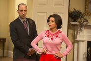 Veep-season-4-episode-3-tony-hale-julia-louis-dreyfus