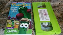 VeggieTales Dave and the Giant Pickle 2000 Word Entertainment VHS Green Tape