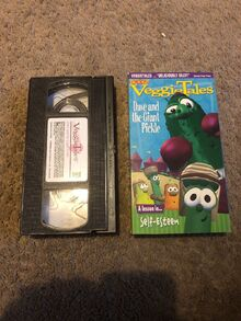 VeggieTales Dave and the Giant Pickle 2000 Word Entertainment VHS Black Tape