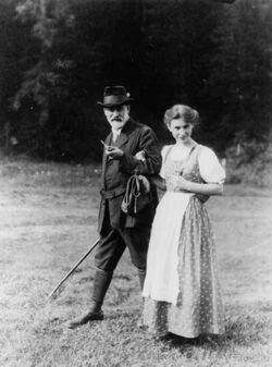 445px-Sigmund en Anna