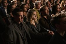 Veronica-mars-season-4-episode-2-photos-19