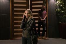 Veronica-mars-season-4-episode-1-photos-7