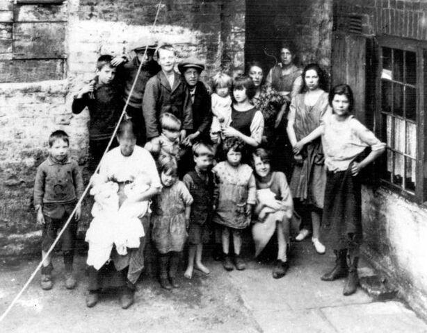 File:Poor Sheffield family.jpg