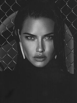 AdrianaLima-ELITE