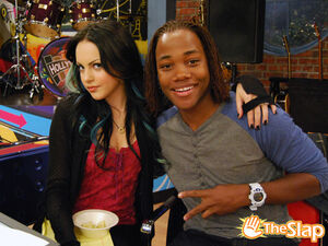 Jade-and-Andre-victorious-25959104-500-375