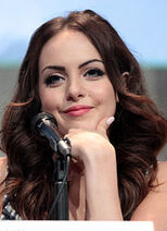 Elizabeth Gillies by Gage Skidmore