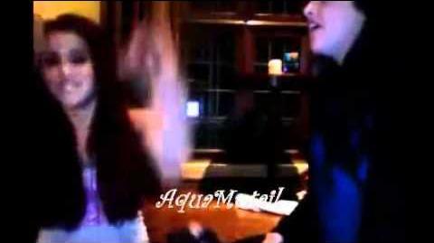 "Elizabeth Gillies and Arianda Grande sings ""Bohemian Rhapsody"""