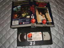 Vhs-Video-Tapethe-Amityville-Horrorfree-Postage- 57 (2)