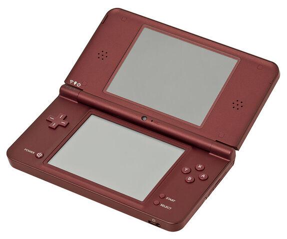 File:800px-Nintendo-DSi-XL-Burg.jpg