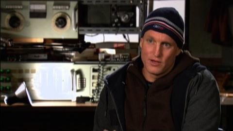 """2012 (2009) - Interview Woody Harrelson """"On Roland Emmerich"""""""