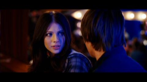 17 Again (2009) - Clip Who do you think you are, my father?