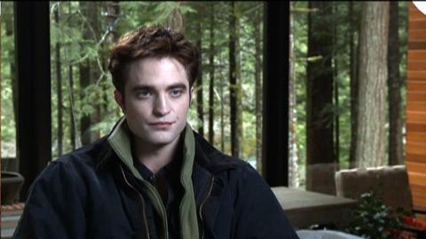 "The Twilight Saga Breaking Dawn - Part 1 (2011) - Interview Robert Pattinson ""On Edwards Friendship With Jacob"""