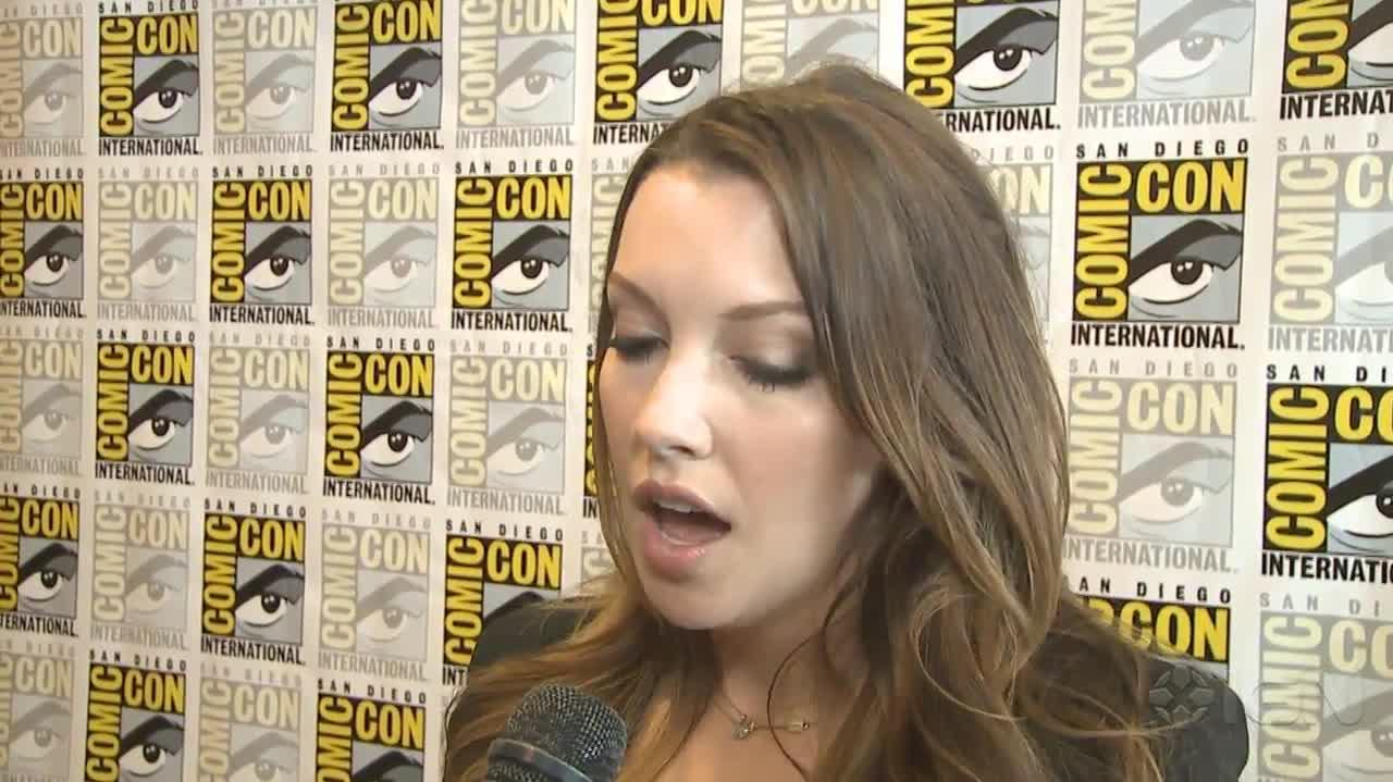 Arrow Will Black Canary Join the Fight? - Comic-Con 2012