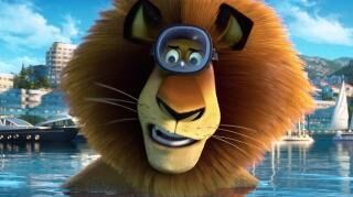 Madagascar 3 Europe's Most Wanted Survive (TV Spot)