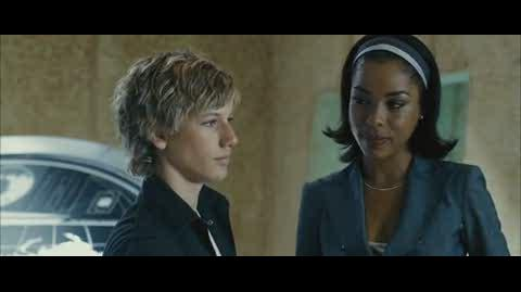 Alex Rider Operation Stormbreaker - alex trained to be spy