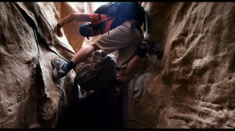 127 Hours (2010) - Clip Aron Falls Into Canyon