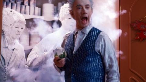 The Santa Clause 3 The Escape Clause (2006) - Clip Freezing the parents, pre - 35