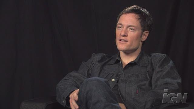Battlestar Galactica (2004) TV Interview - NYCC 09 Tahmoh Penikett