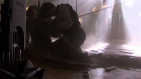 Twilight (2008) - Behind the scenes Crashing on the floor