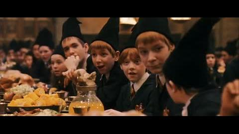 Harry Potter and the Sorcerer's Stone - Gryffindor wins the house cup