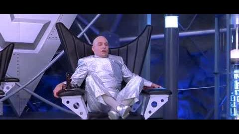 Austin Powers The Spy Who Shagged Me - rotating chair