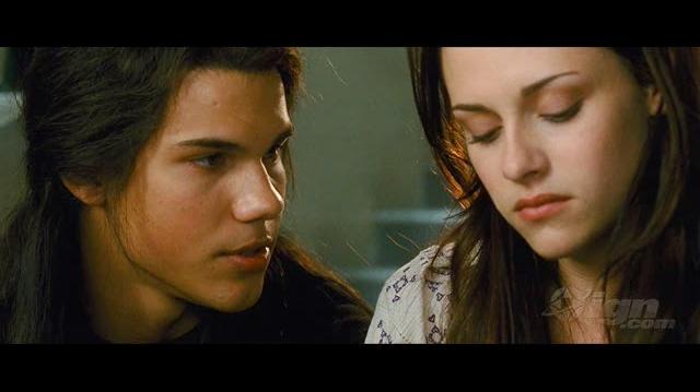 The Twilight Saga New Moon Movie Preview - Meet Jacob Black Preview