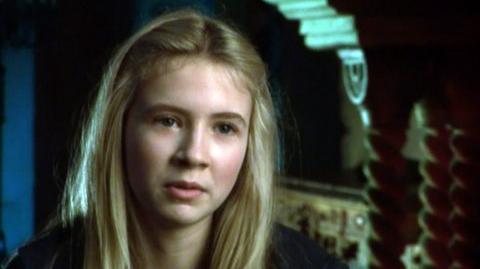 "Inkheart (2009) - Interview Eliza Hope Bennett ""On loving the book"""