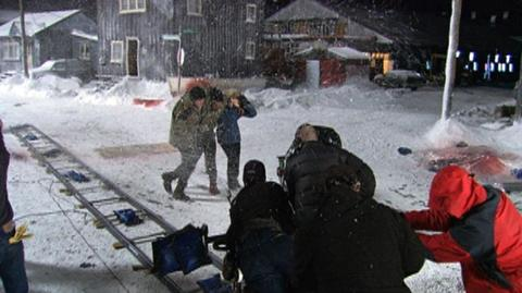 30 Days Of Night (2007) - Behind the scenes Walking Through The Snow