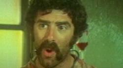 Mash (1970) - Open-ended Trailer (e11008)