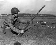 M1 Garand rifgren-shooting line