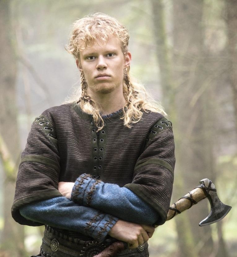 Sigurd   Vikings Wiki   FANDOM powered by Wikia