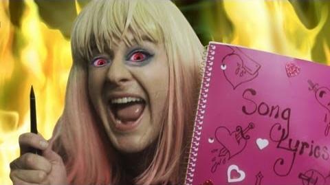 "Taylor Swift - ""I Knew You Were Trouble"" PARODY"