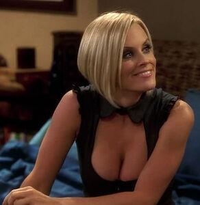 Courtney (1)