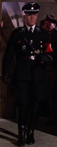 Standartenführer marschiert