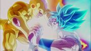 Golden Frieza vs Super God Goku