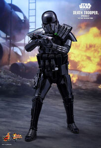 Death-trooper-specialist-hot-toys