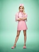 Emma Roberts es Chanel Oberlin en SCREAM QUEENS (2)
