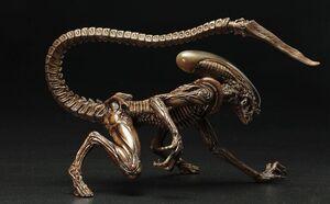 Alien-3-Dog-Alien-ArtFX-Statue-5