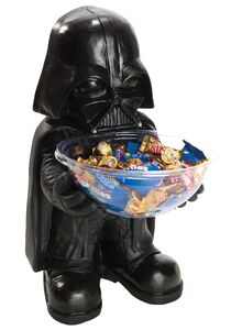 Darth-vader-candy-bowl-holder