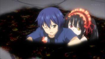 Kurumi helps Shido escape (1)