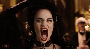 Vampire Opera Singer fangs