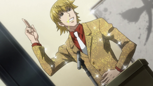 Pariston while striking a pose